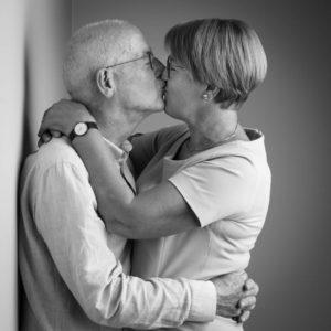 kussende foto oma en opa
