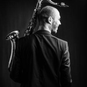 Bedrijfsreportage - profielfoto met verhaal - Jeroen Van Bevers - profielfoto muzikant