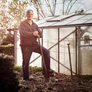Bedrijfsreportage - profielfoto met verhaal - tuinier Fons