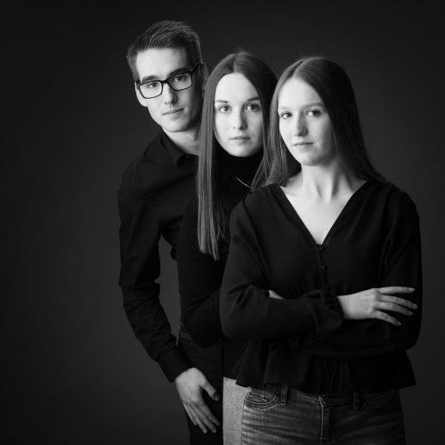 broer en zussen Familiefoto